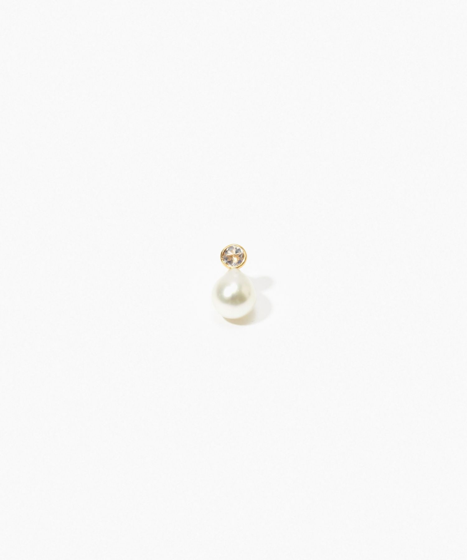 [philia] K10 akoya and round rainbow moonstone stud pierced earring