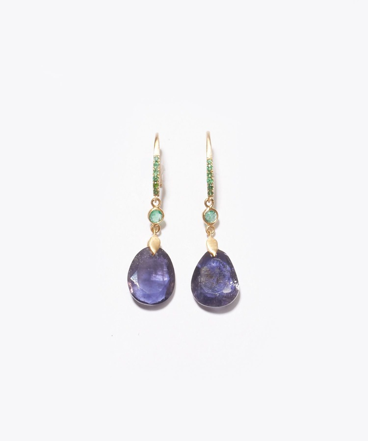 """eutopia"" K10 pink iolite and emerald swing pierced earring"