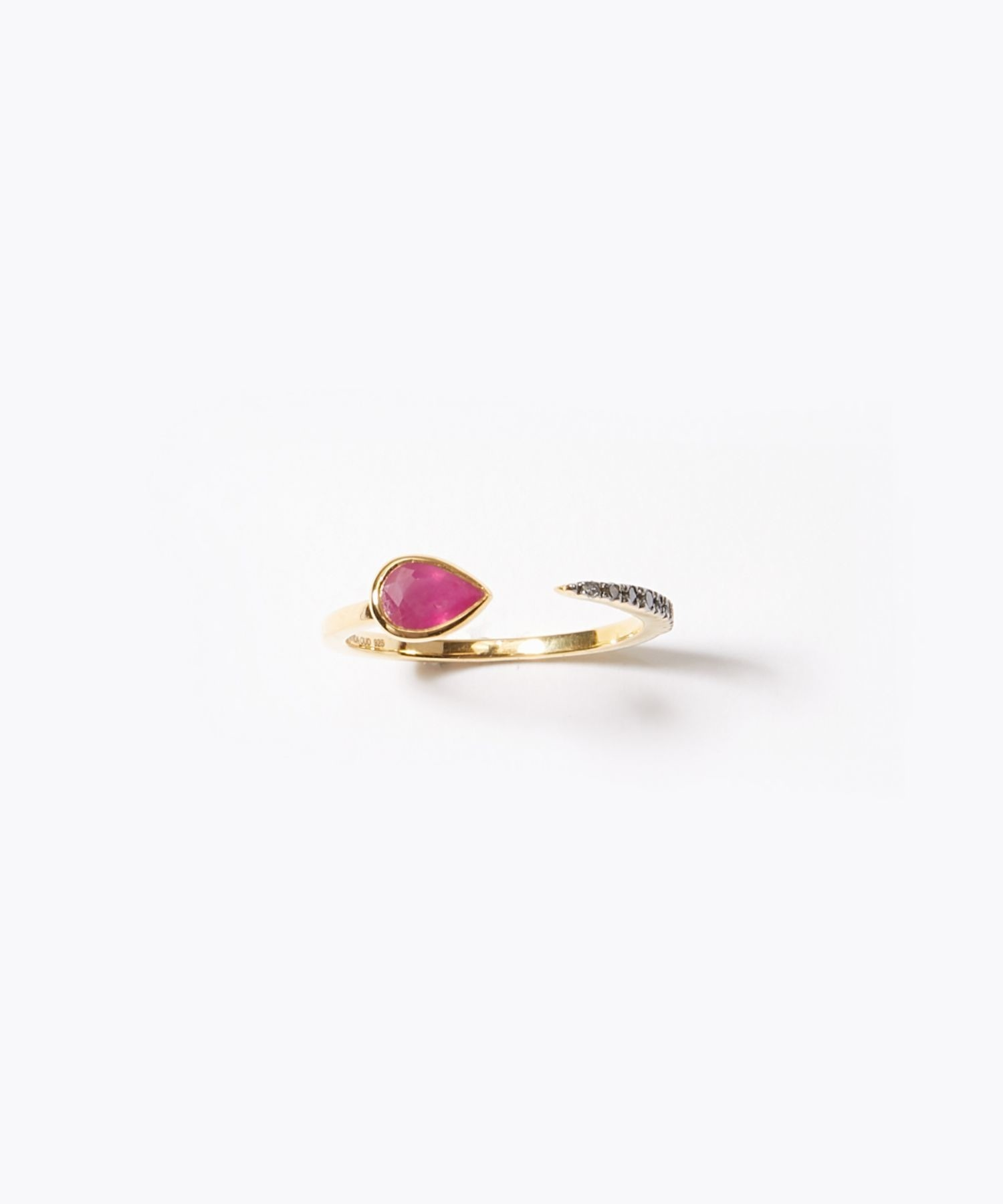 [elafonisi] pear shape ruby pave open ring
