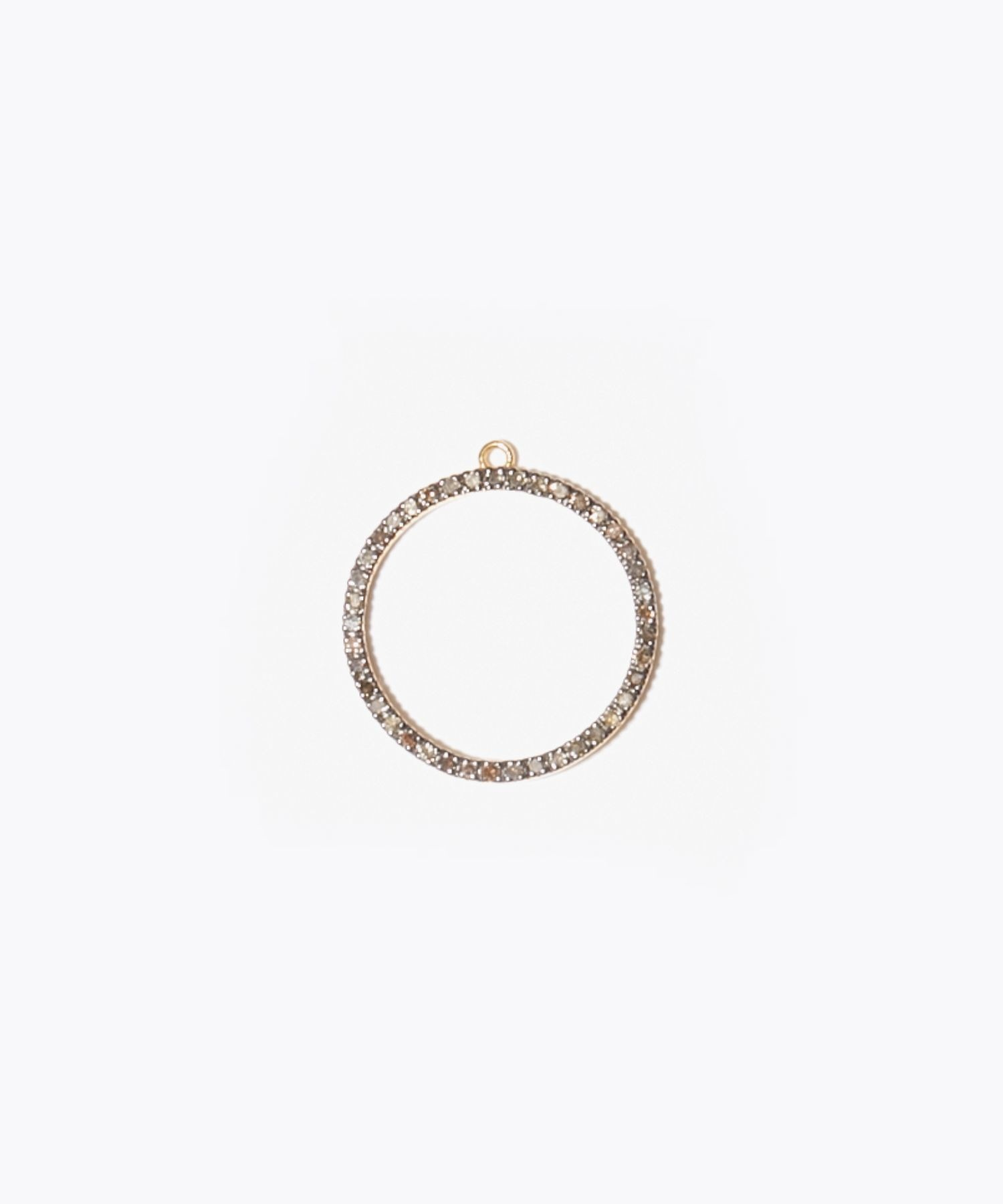 [gaia] pave circle ear charm