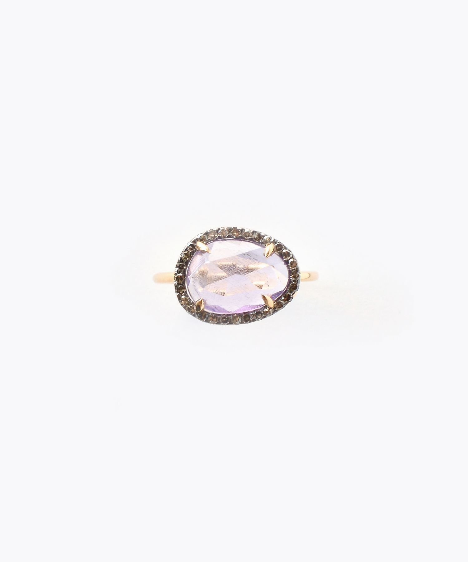 [elafonisi] medium amethyst with pave diamonds ring