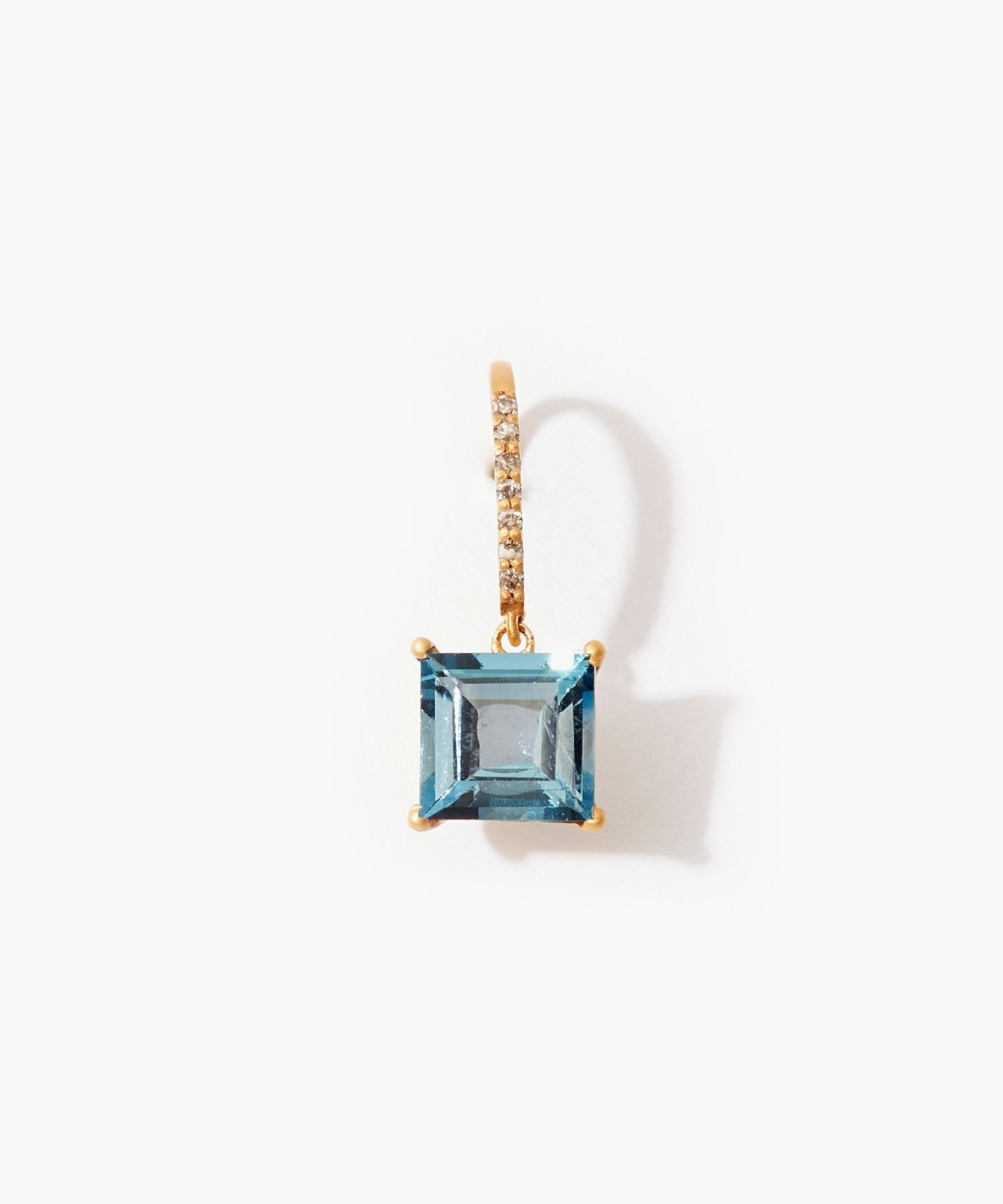 [eden] K10 square london blue topaz pave diamond pierced earring