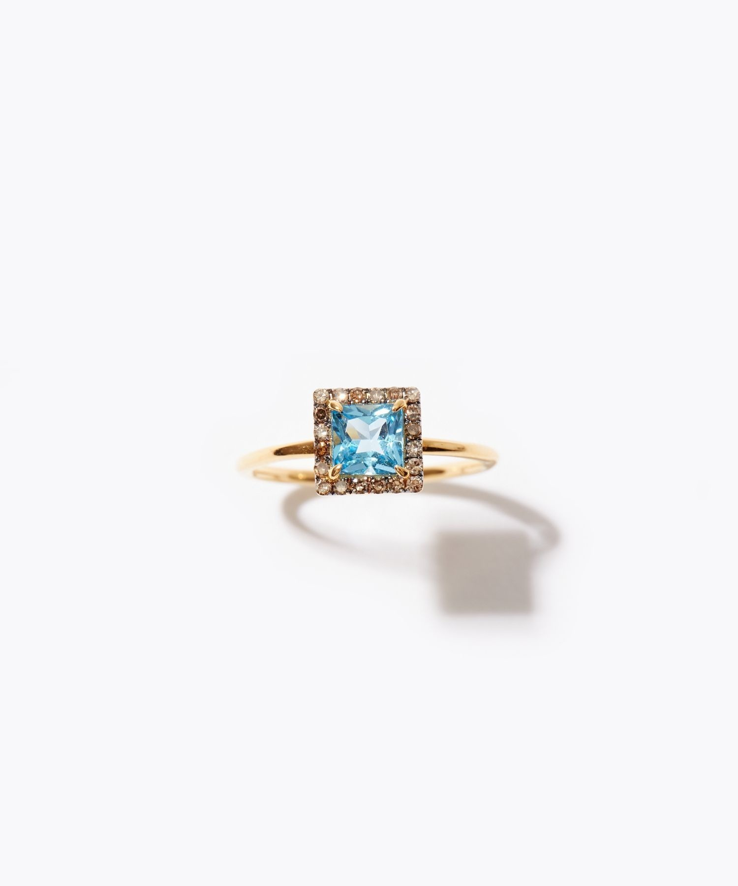 [elafonisi] square blue topaz pave diamond ring