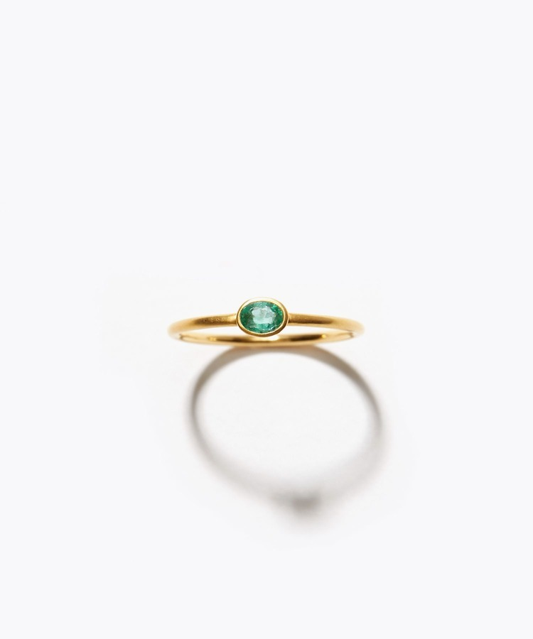 [palais] K18 oval emerald ring