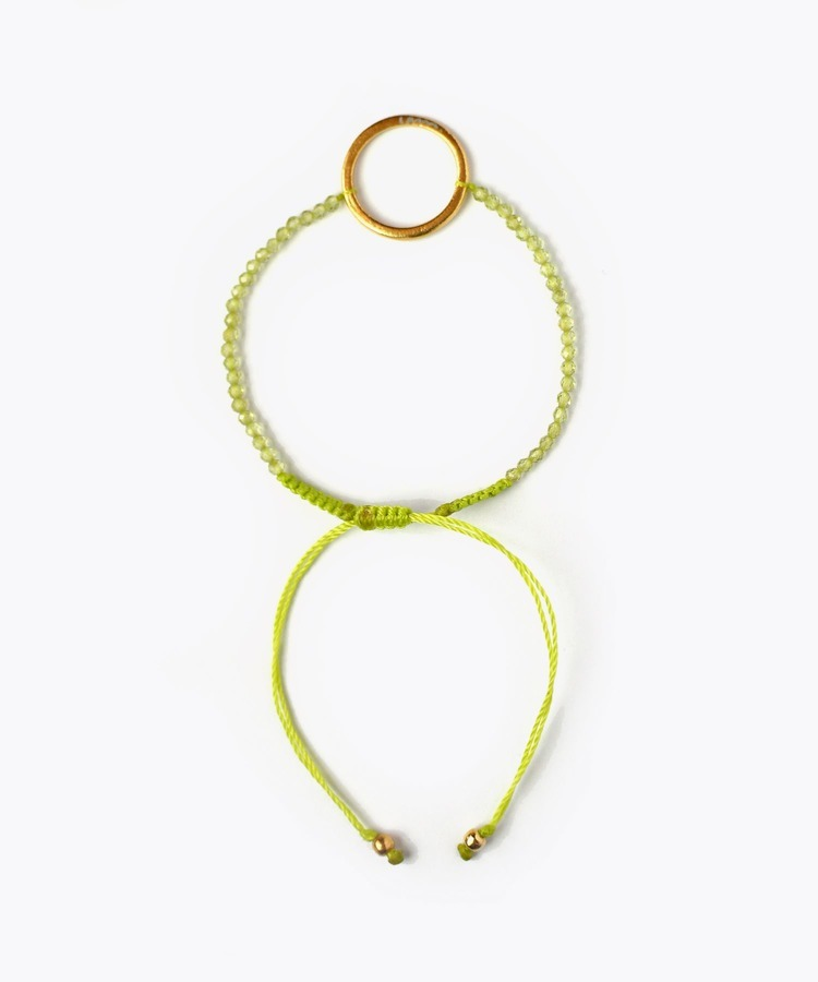 [I am donation] peridot circle charm bracelet