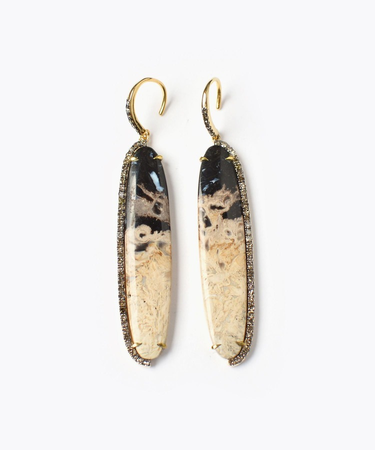 [elafonisi] palm root fossil pave diamond pierced earring