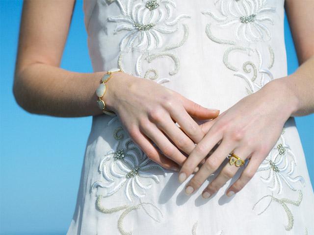 ダイヤモンド&ホワイトサファイアをあしらったブライダルジュエリー